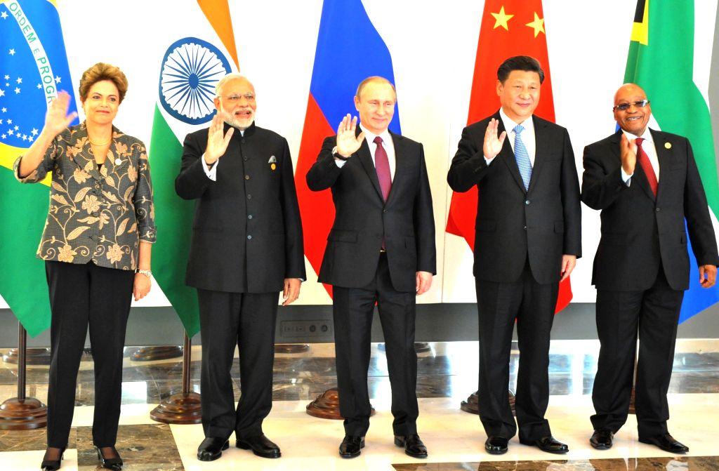 BRICS leaders Chinese President Xi Jinping, Russian President Vladimir Putin,  Indian Prime Minister Narendra Modi, South African President Jacob Zuma and Brazilian President Dilma Rousseff ... - Narendra Modi