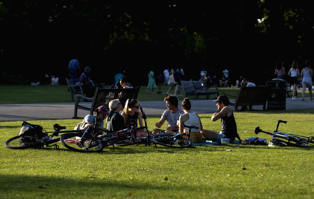 Britain on Thursday experienced its hottest day of the year so far, with temperature reaching 33.3 degrees Celsius at Heathrow Airport, the Met Office said.