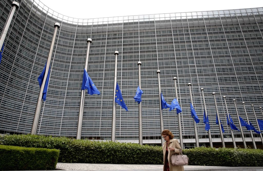 BRUSSELS, May 23, 2017 (Xinhua) -- European Union flags are lowered to half mast outside the European Commission headquarters in solidarity with the victims and their relatives of the terror attack in Manchester, in Brussels, Belgium, May 23, 2017. (