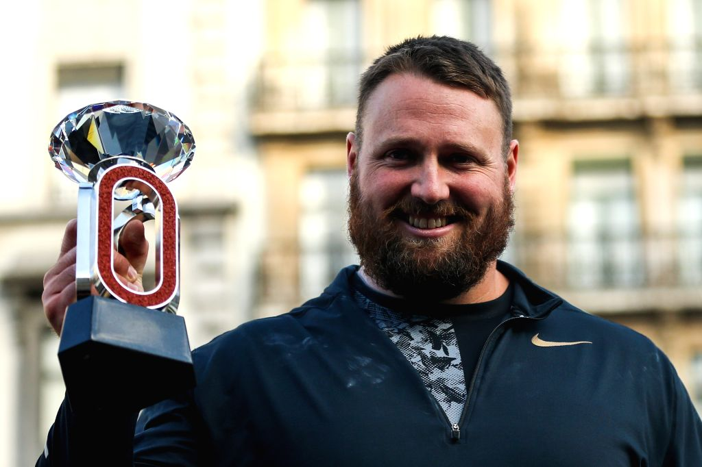 BRUSSELS, Sept. 6, 2019 - Tomas Walsh of New Zealand poses with his trophy during the awarding ceremony after the men's shot put final of the 2019 IAAF Diamond League Final in Brussels, Belgium, ...