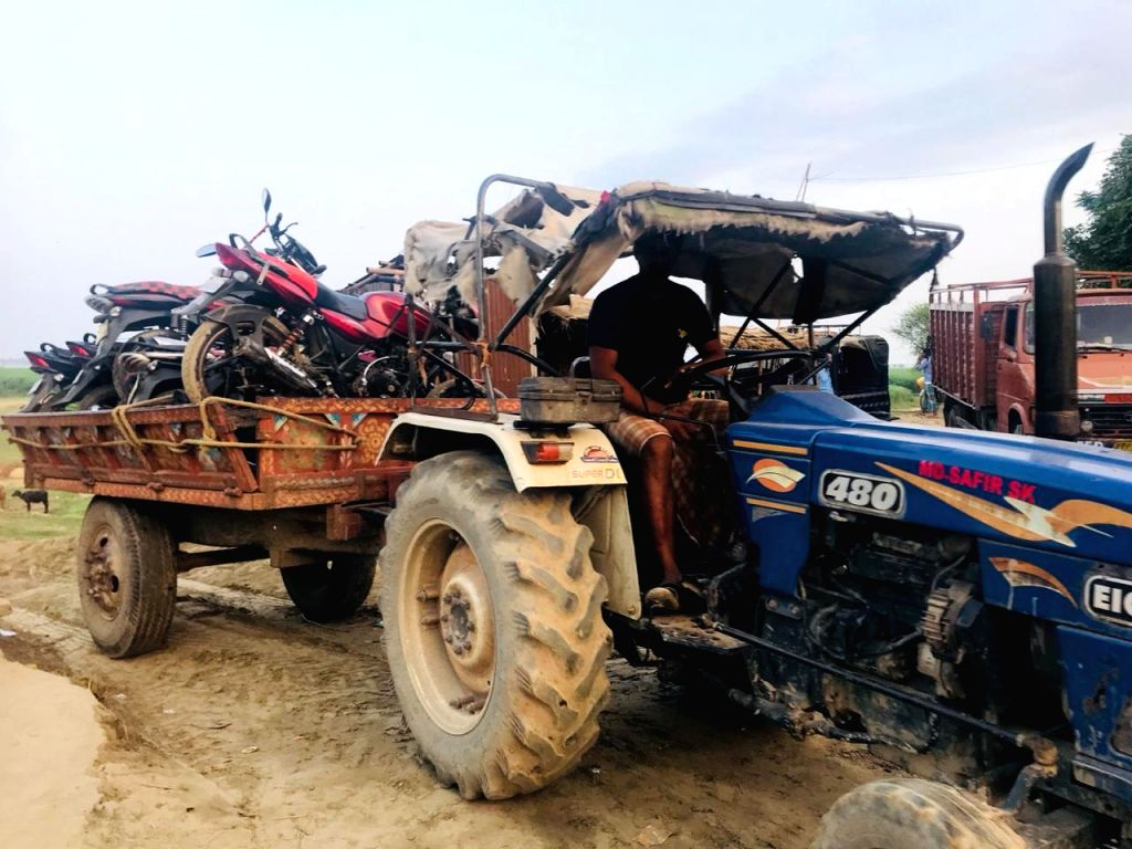 BSF and Baishnabnagar Police Station successfully raid the Ghat of village Shivpur and apprehended 10 cattle smugglers and seized 20 cattle and 26 motorcycles from their possession when they ...