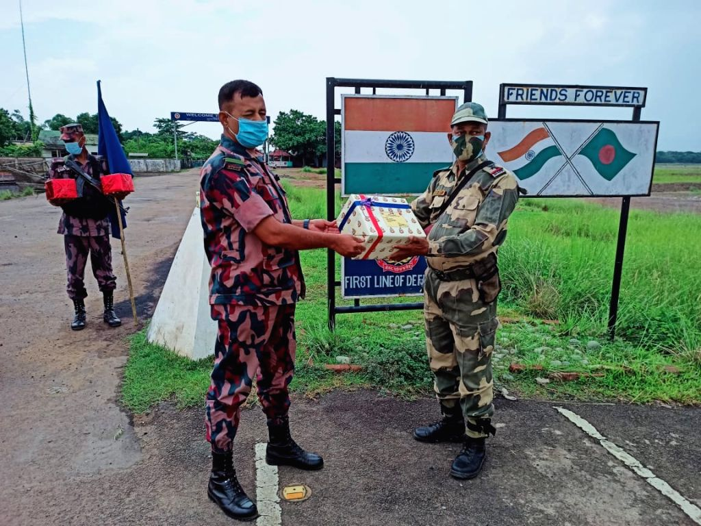 BSF-BGB exchange sweets along India-B'desh border on Eid-ul-Fitr