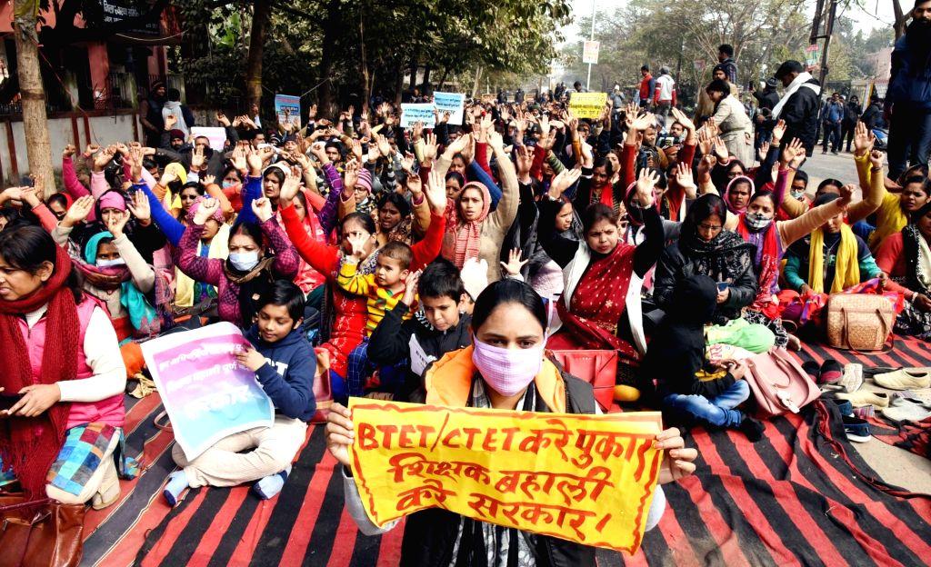 BTET & CTET teachers protest over their demands at Gardanibagh, Patna on 27 January 2021