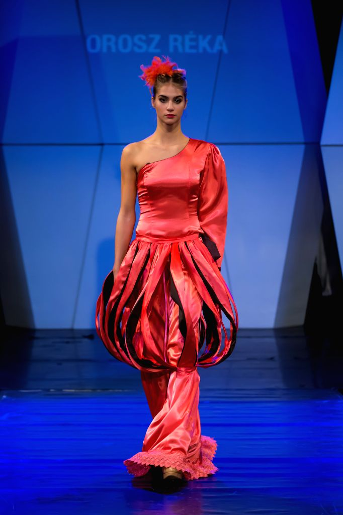 A model presents a creation by Hungarian designer Hecendorfer Timea during the Budapest Fashion Week in Budapest, Hungary on Nov. 26, 2014.