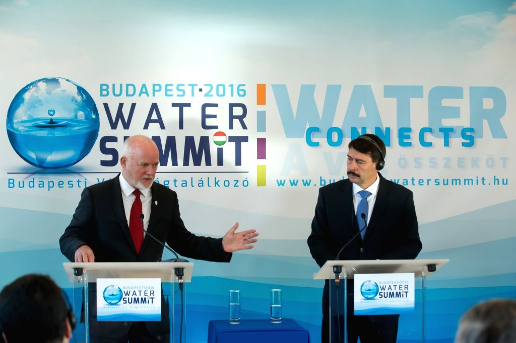 BUDAPEST, Nov. 28, 2016 - Peter Thomson (L), president of the 71st General Assembly of the United Nations, and Hungarian President Janos Ader, attend a press conference after the opening ceremony of ...