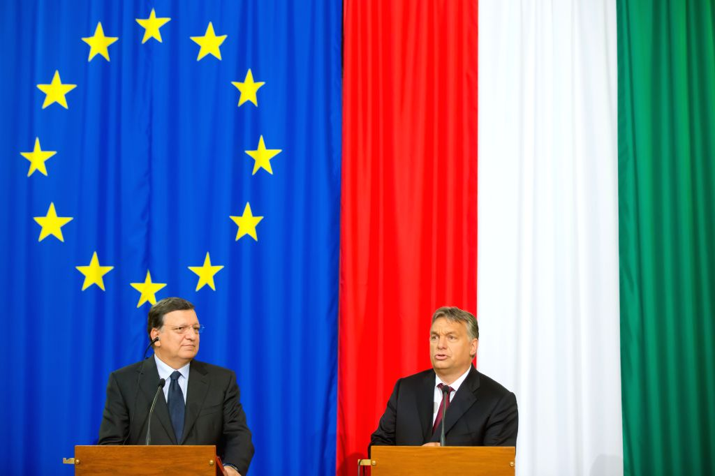 Outgoing European Commission President Jose Manuel Barroso(L) and Hungarian Prime Minister Viktor Orban attend a press conference in Budapest, Hungary, on Sept. .. - Viktor Orban