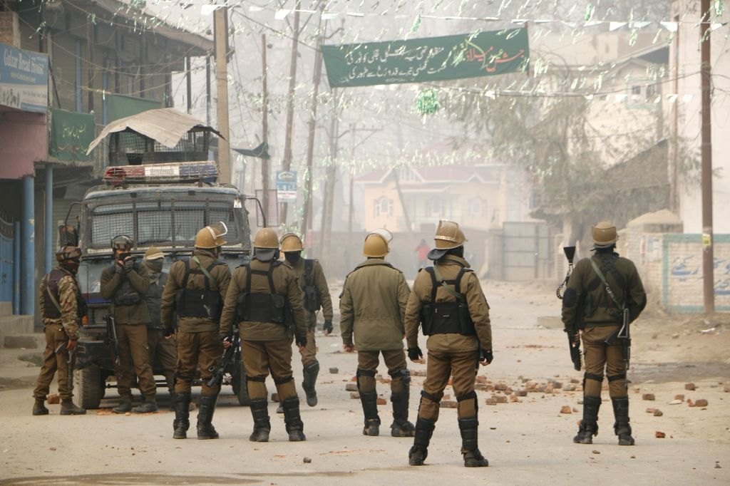 Budgam: Soldiers at the site of encounter where two militants were killed and three soldiers injured in Jammu and Kashmir's Badgam district on Nov 28, 2018. (Photo: IANS)