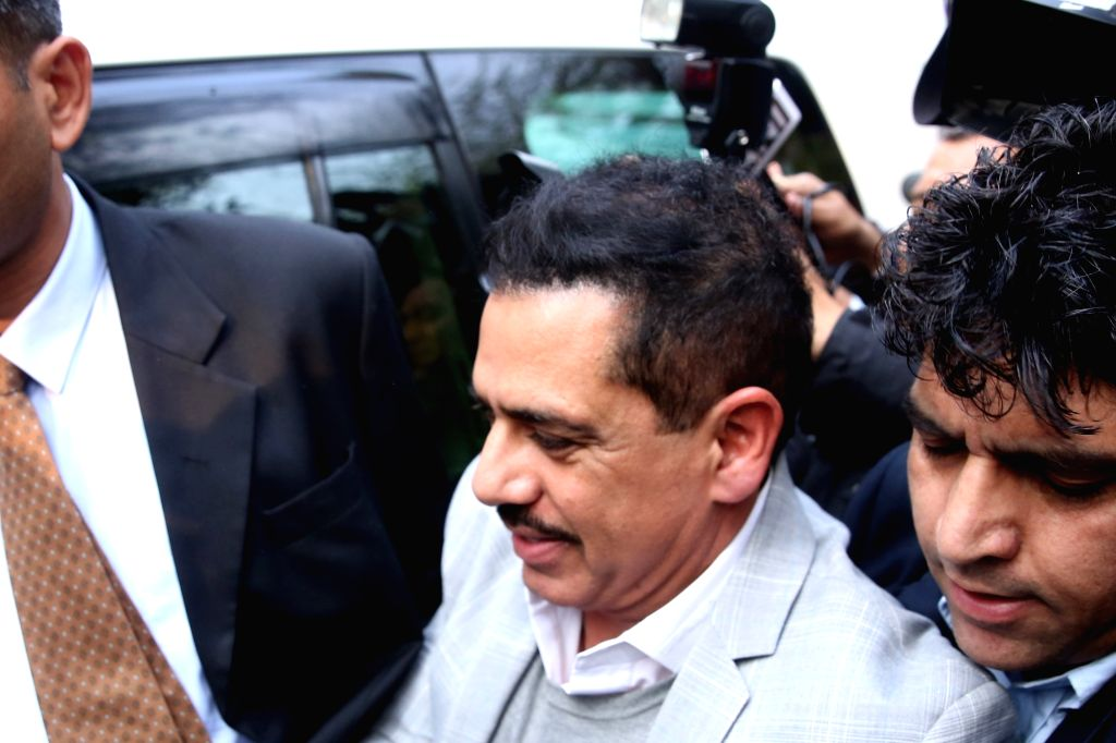 Businessman Robert Vadra arrives to appear before Enforcement Directorate in New Delhi on Feb 6, 201.