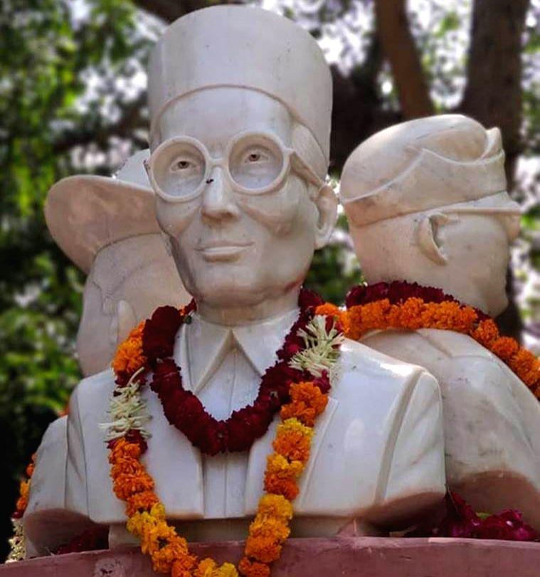 Busts of Veer Savarkar.
