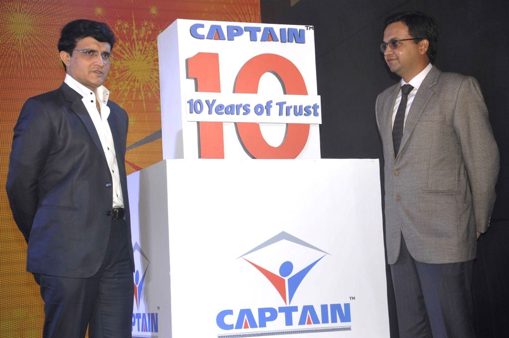 CAB President Sourav Ganguly and BMA Stainless Ltd director Avinash Agarwala during a programme in Kolkata on Sept 15, 2016. - Avinash Agarwala and Sourav Ganguly