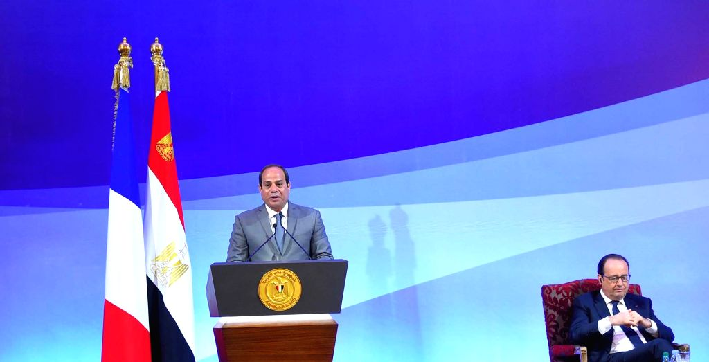 CAIRO, April 18, 2016 - Egyptian President Abdel Fattah Al-Sisi (L) and his visiting French counterpart Francois Hollande attend the inauguration of the Egyptian-French Economic Summit in Cairo, ...