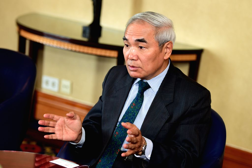 CAIRO, April 23, 2017 - Xie Xiaoyan, China's special envoy to Syria, speaks to Chinese and Egyptian media representatives in Cairo, Egypt on April 23, 2017. China's special envoy to Syria, Xie ...