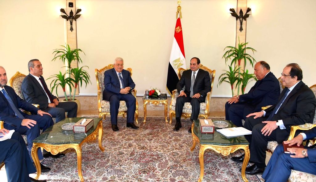 CAIRO, Jan. 17, 2018 - Egyptian President Abdel-Fattah al-Sisi (C-R) meets with his Palestinian counterpart Mahmoud Abbas (C-L) in Cairo, Egypt, on Jan. 17, 2018. Egyptian President Abdel-Fattah ...
