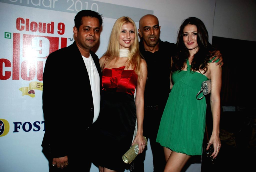 Caludia Ciesla at Cloud Nine Manish Chaturvedi's calendar launch.