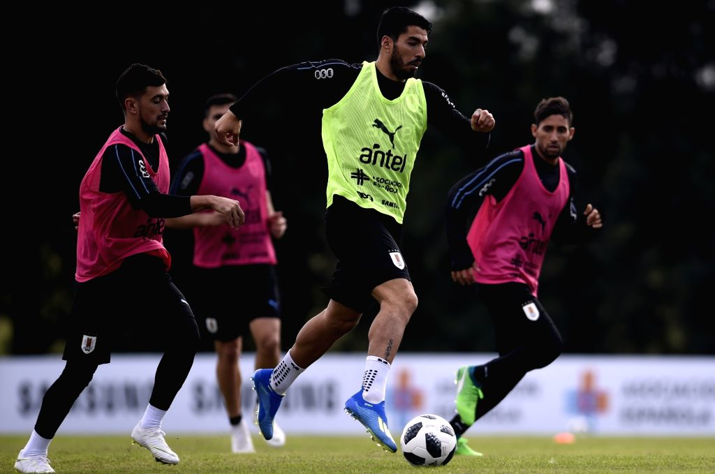 CANELONES, May 29, 2018 - Luis Suarez (2nd R) of Uruguay's national soccer team takes part in a training session in Canelones, Uruguay, on May 28, 2018. Uruguay's national soccer team will face ...