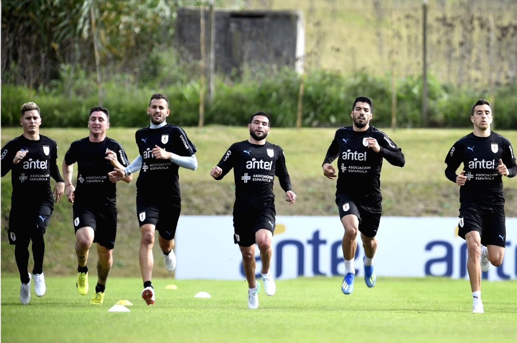 CANELONES, May 29, 2018 - Players of Uruguay's national soccer team take part in a training session in Canelones, Uruguay, on May 28, 2018. Uruguay's national soccer team will face Uzbekistan on June ...