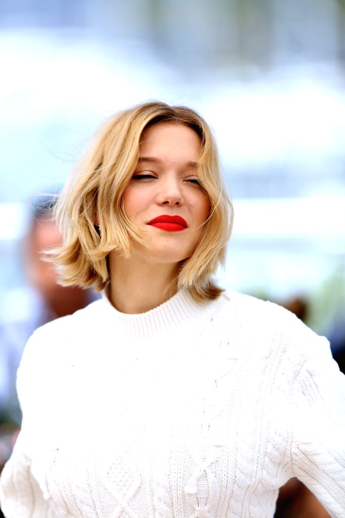 """CANNES, May 19, 2016 - Actress Lea Seydoux poses during a photocall for the film """"Juste la fin du monde"""" (It's Only the End of the World) in competition at the 69th Cannes Film Festival in ... - Lea Seydoux"""