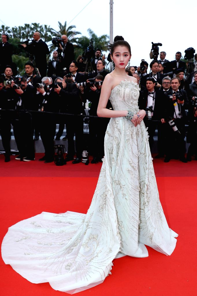 "CANNES, May 19, 2019 - Actress Guan Xiaotong poses on the red carpet for the premiere of the film ""The Best Years of a Life (Les Plus Belles Annees D'Une Vie)"" at the 72nd Cannes Film ... - Guan Xiaotong"