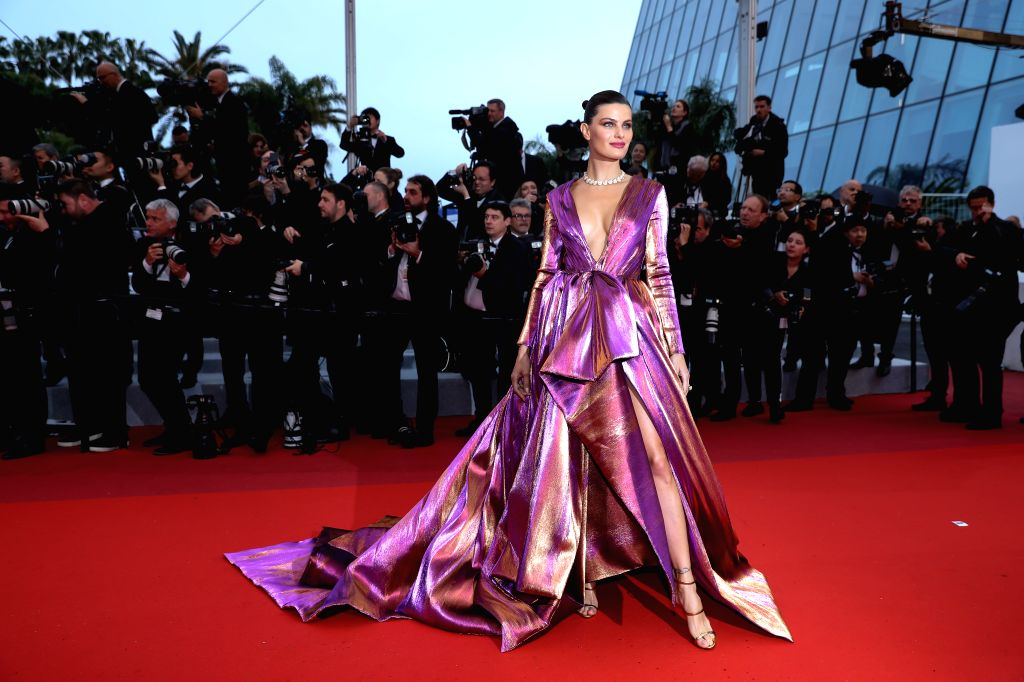 "CANNES, May 19, 2019 - Brazilian model Isabeli Fontana poses on the red carpet for the premiere of the film ""The Best Years of a Life (Les Plus Belles Annees D'Une Vie)"" at the 72nd Cannes ... - Isabeli Fontana"