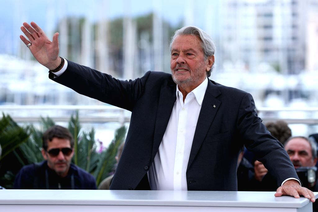 CANNES, May 19, 2019 - French actor Alain Delon poses during a photocall at the 72nd Cannes Film Festival in Cannes, France, May 19, 2019. Alain Delon was awarded with an Honorary Palme d'Or at the ... - Alain Delon