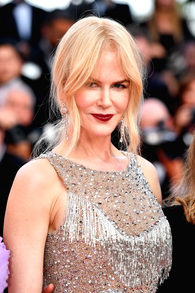 "CANNES, May 24, 2017 (Xinhua) -- Australian actress Nicole Kidman poses for photos on the red carpet for the screening of the film ""The Beguiled"" in competition at the 70th Cannes Film Festival in Cannes, France, on May 24, 2017. (Xinhua/Chen Yichen/ - Nicole Kidman"