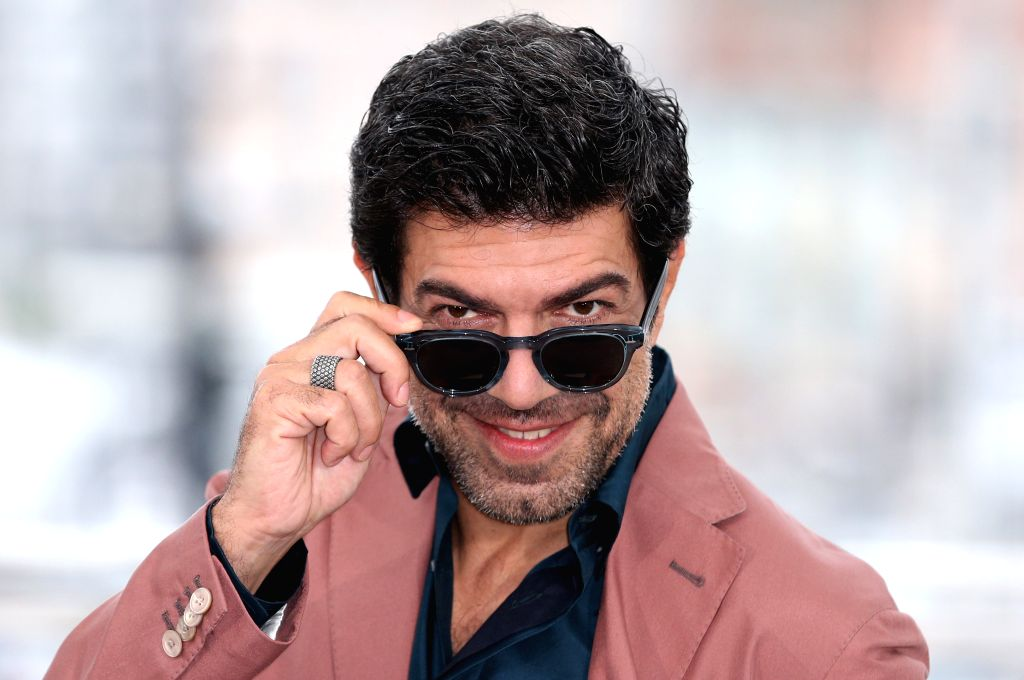 """CANNES, May 24, 2019 - Actor Pierfrancesco Favino poses during a photocall for """"The Traitor"""" at the 72nd Cannes Film Festival in Cannes, France, May 24, 2019. Italian director Marco ... - Pierfrancesco Favino"""