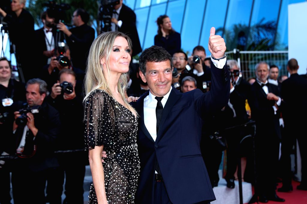 CANNES, May 26, 2019 - Actor Antonio Banderas (R) poses on the red carpet of the closing ceremony of the 72nd Cannes Film Festival, in Cannes, France, on May 25, 2019. The curtain of the 72nd edition ... - Antonio Banderas