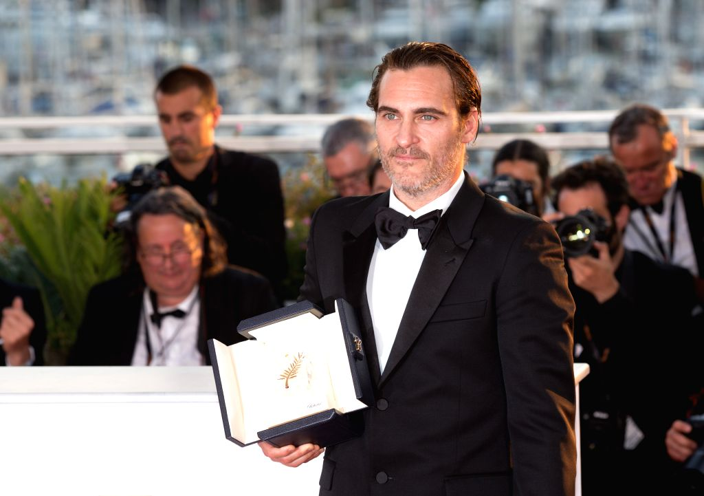 """CANNES, May 29, 2017 - Actor Joaquin Phoenix, winner of the Best Actor Award for the film """"You Were Never Really Here"""", poses during a photocall at the 70th Cannes Film Festival in Cannes, ... - Joaquin Phoenix"""
