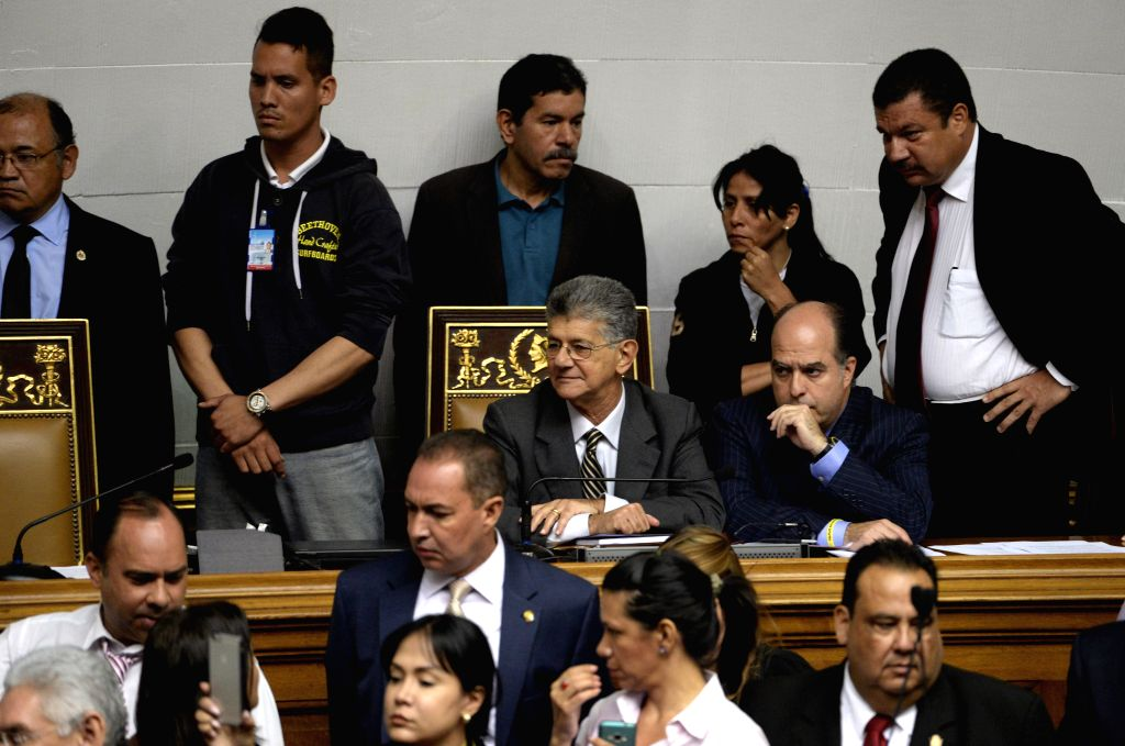 CARACAS, Oct. 24, 2016 - Venezuela's National Assembly President Henry Ramos Allup (C) attends a parliamentary session at the National Assembly in Caracas, Venezuela, on Oct. 23, 2016. Venezuela's ...