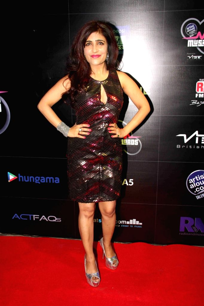 Celeb during the 5th Artist Aloud Music Awards 2016 in Mumbai on April 20, 2016. - Aloud Music Awards