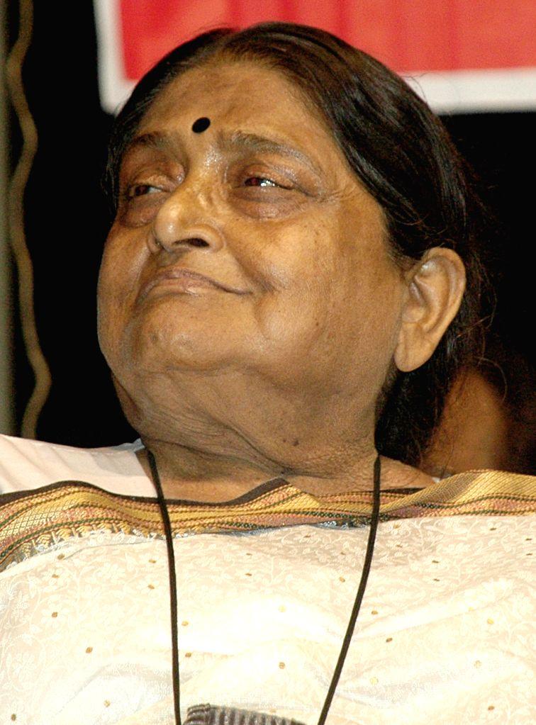 Celebrated Bengali singer-actress Ruma Guha Thakurta died at her residence following old age related problems, in Kolkata on June 3, 2019. She was 84. Founder of the Calcutta Youth Choir ... - Ruma Guha Thakurta and Tapan Sinha