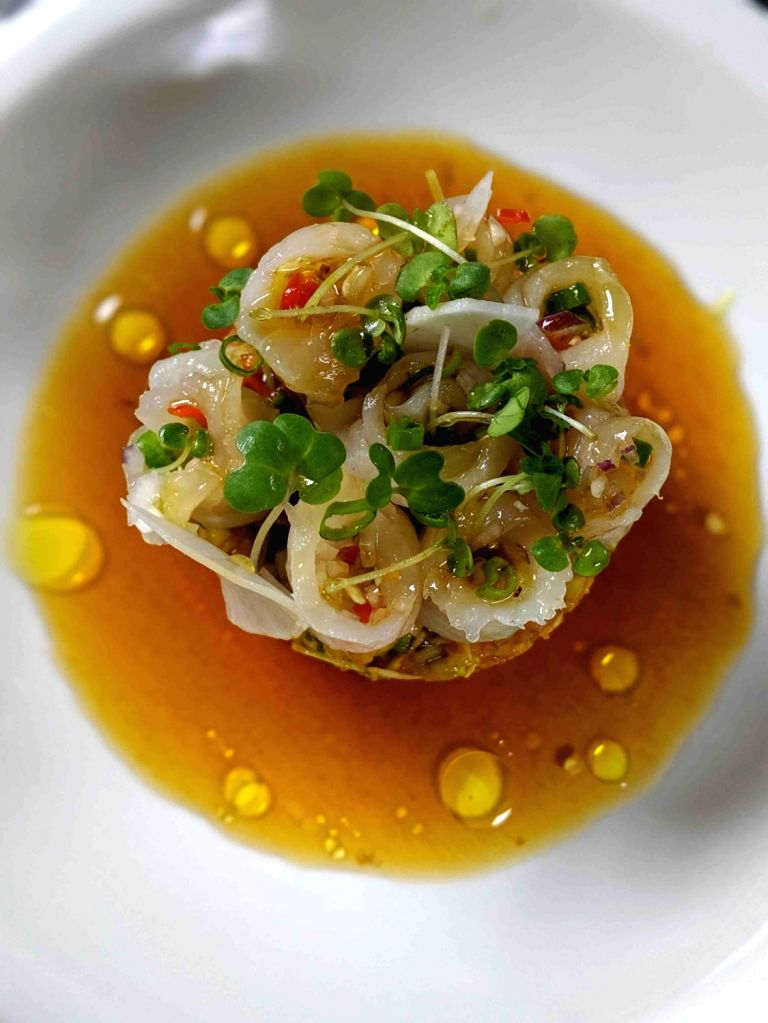 Celebrity chef Kelvin Cheung's popularity goes beyond the Bollywood set, and he's popular with the hip crowd. The young favourite made Ellipses in Colaba a popular choice for dining and partying. His last outing, Bastian, was a hit with celebrities f