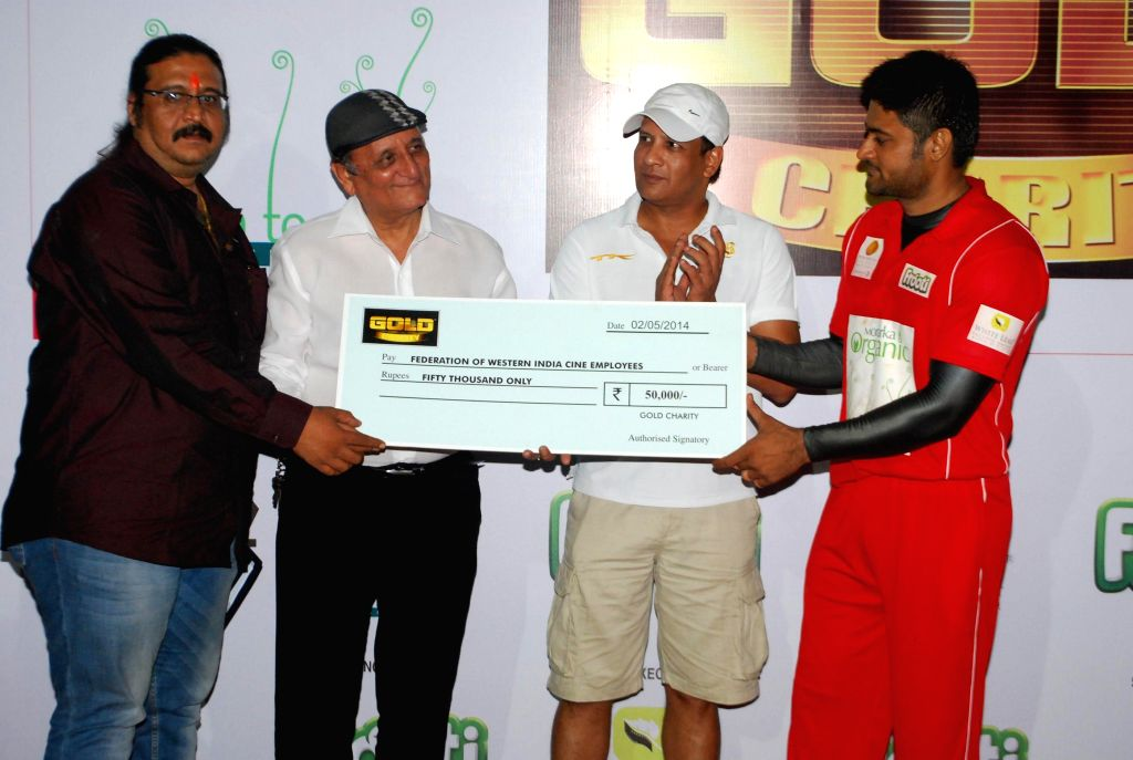 Celebs at the Cricket Gold Charity Match 20 20 organised by Vikaas Kalantri in Mumbai, on May 2, 2014.