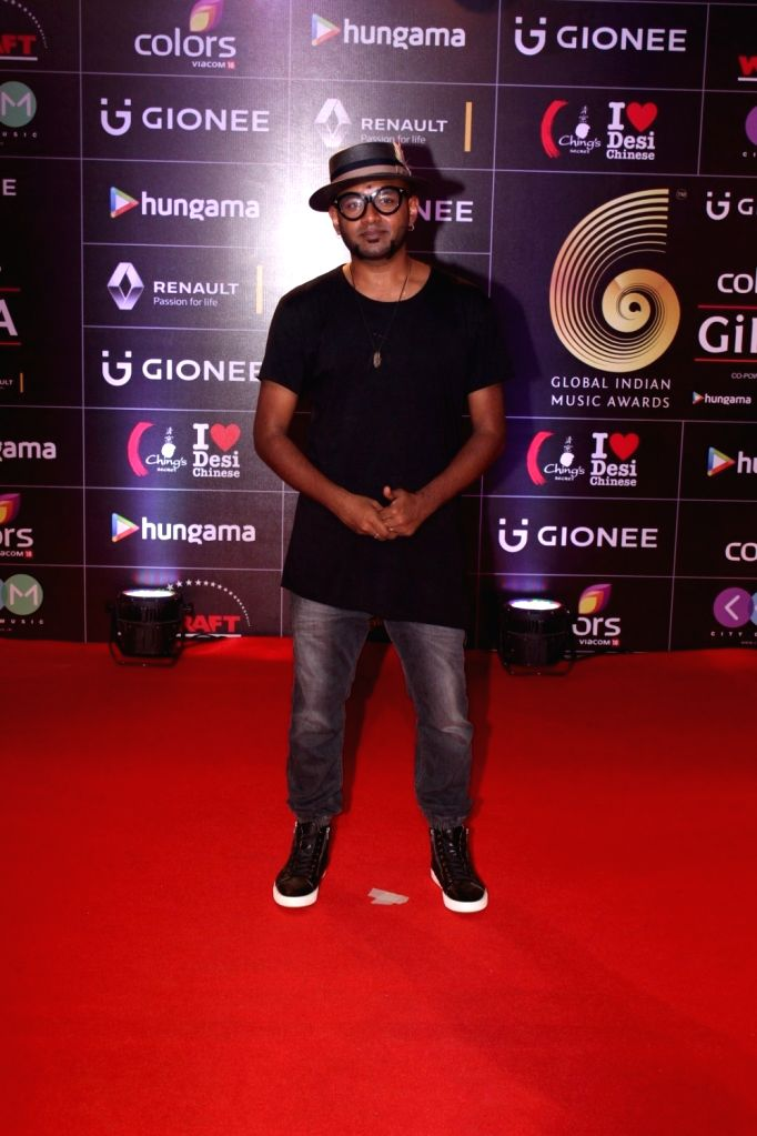 Celebs during the 6th edition of the GiMA Awards 2016 in Mumbai on April 6, 2016