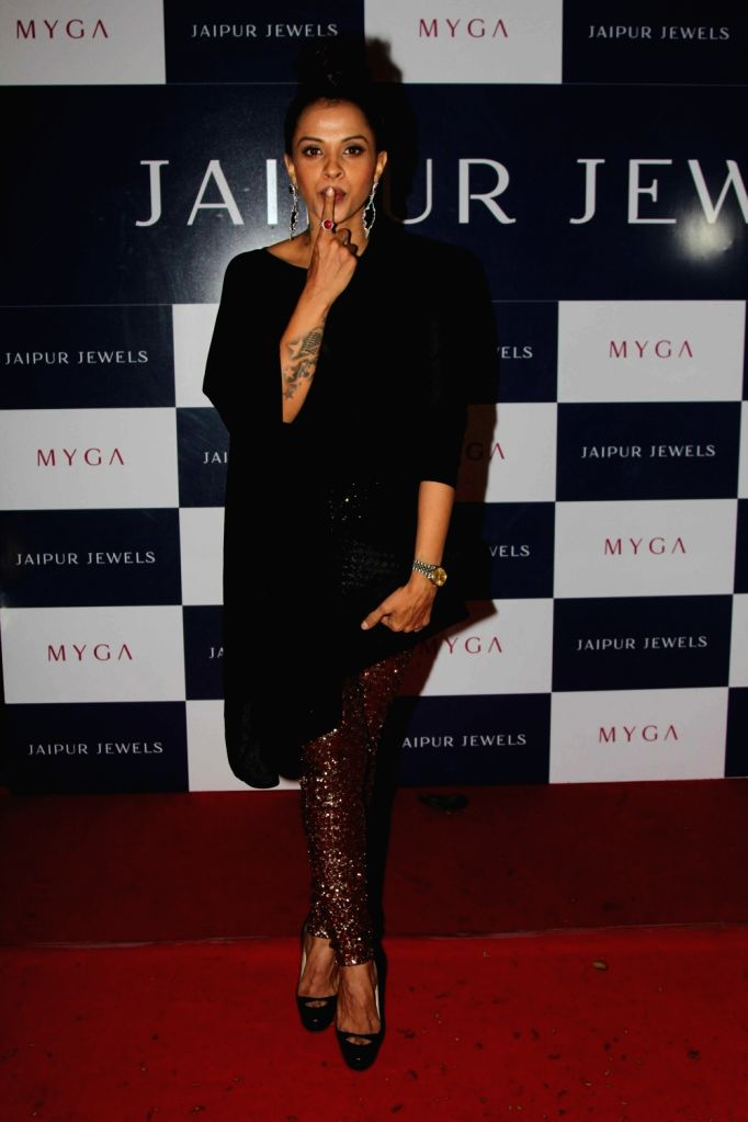 Celebs during the unveiling of Jaipur Jewels mega campaign co host by Ira Dubey, in Mumbai on Aug 3, 2016.