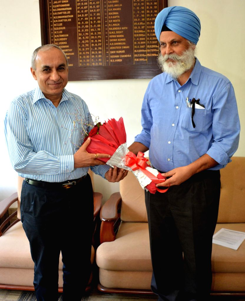 Chairman of Railway Board Arunendra Kumar with General Manager of the NF Railway R.S. Virdi in Guwahati on Aug 7, 2014. - Board Arunendra Kumar