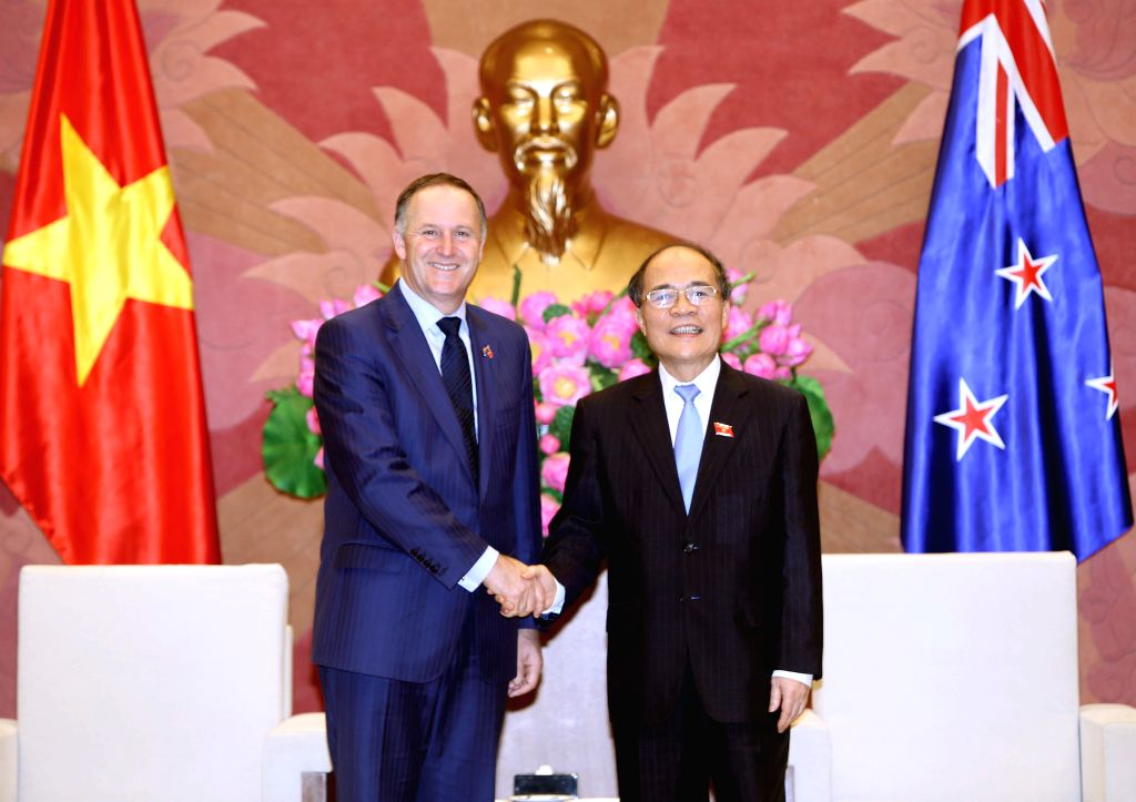 Chairman of Vietnam's National Assembly Nguyen Sinh Hung (R) meets with New Zealand's Prime Minister John Key in Hanoi, capital of Vietnam, on Nov. 16, 2015. John Key ... - John Key