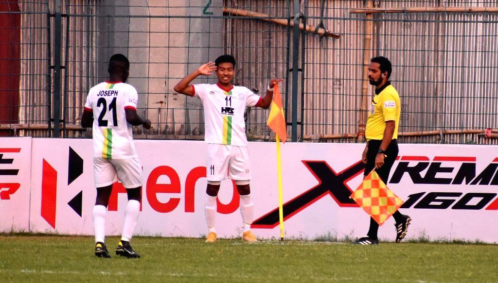 Champs Gokulam get Rs.1 crore; Bidyashagar is hero of I-League