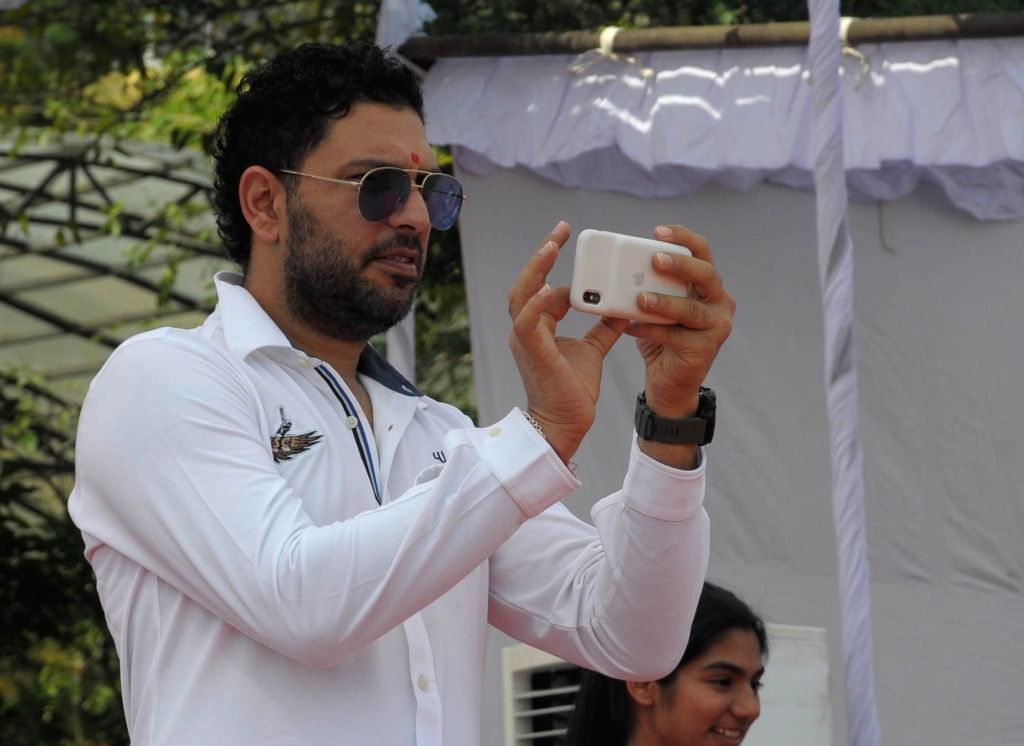 Chandigarh, May 8 (IANS) Amid the ongoing coronavirus lockdown, former Indian all-rounder Yuvraj Singh has gone down the memory lane to reveal one of the favourite shots he played in his stellar career.(File Photo: IANS) - Yuvraj Singh