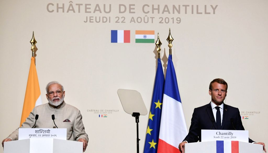 Chateau de Chantilly: Prime Minister Narendra Modi and French President Emmanuel Macron at the Joint Press Statement in Chateau de Chantilly, France on Aug 22, 2019. (Photo: IANS/PIB) - Narendra Modi