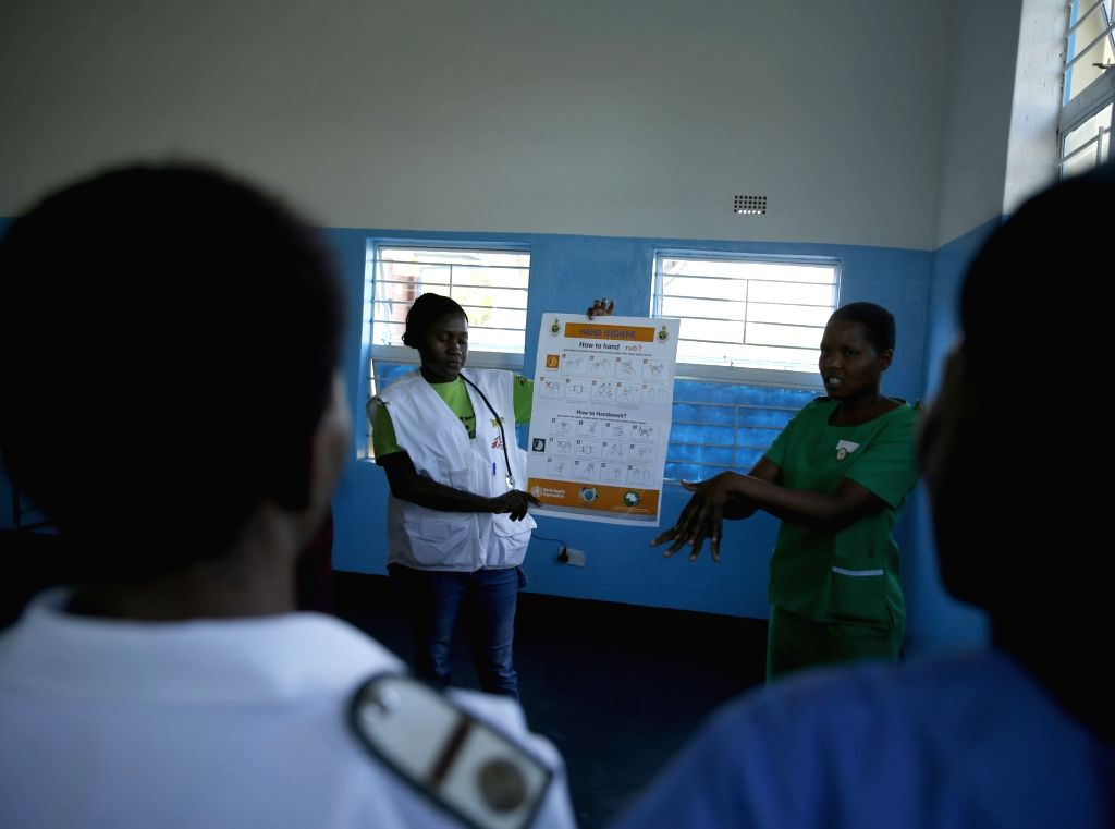 CHEGUTU (ZIMBABWE), Jan. 22, 2018 Nurses are trained the basics of how to treat cholera at a cholera command center at Chinengundu Clinic in Chegutu town, 100 km west of Harare, capital ... - David Parirenyatwa