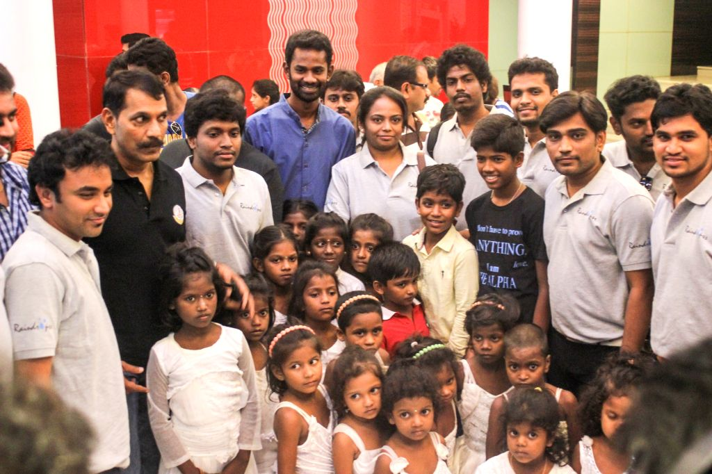 Special screening of Tamil film `Kaaka Muttai`.