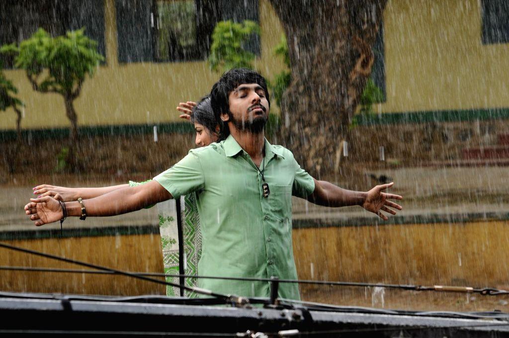 Stills from upcoming Tamil film `Trisha Illana Nayanthara`.