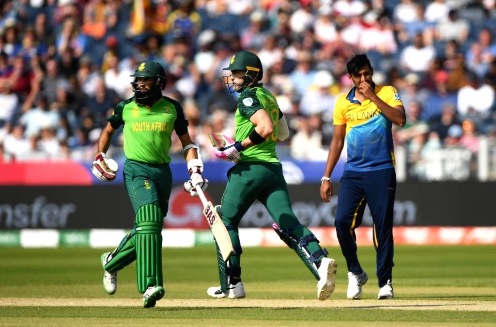 Chester-le-Street: South Africa's skipper Faf du Plessis and Hashim Amla during the 35th match of 2019 World Cup between South Africa and Sri Lanka at Riverside Ground in Chester-le-Street, England on June 28, 2019. (Photo Credit: Twitter/@cricketwor