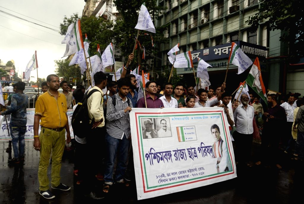 Chhatra Parishad activists stage a demonstration against the Central Government in Kolkata on Aug 7, 2018.