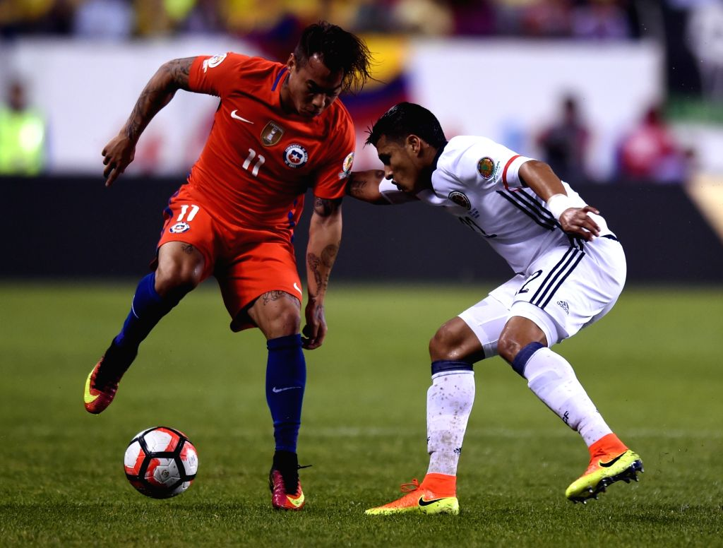 CHICAGO, June 23, 2016 - Chile's Eduardo Vargas (L) competes during the Copa America Centenario semifinal football match against Colombia in Chicago, Illinois, the United States, on June 22, 2016. ...