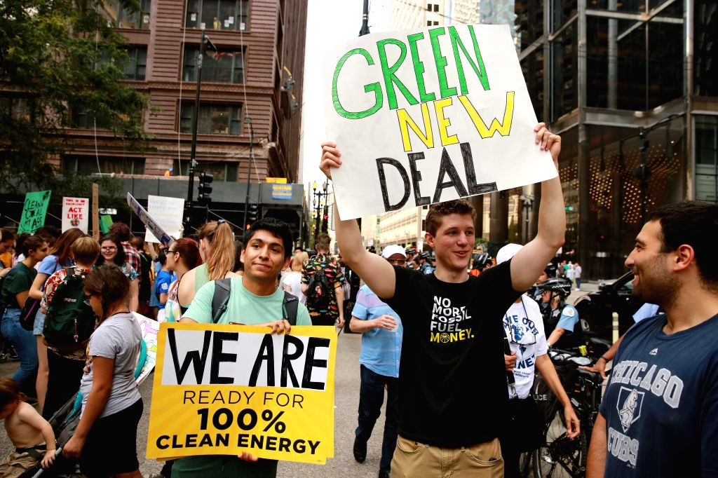 CHICAGO, Sept. 20, 2019 - People participate in a strike to call attention to climate change in Chicago, the United States, on Sept. 20, 2019.