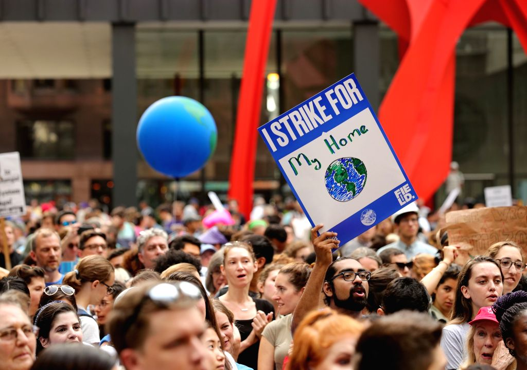 CHICAGO, Sept. 20, 2019 (Xinhua) -- People participate in a strike to call attention to climate change in Chicago, the United States, on Sept. 20, 2019. (Xinhua/Wang Ping/IANS)
