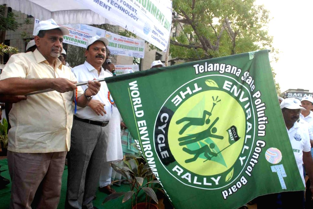 Chief Advisor to Telangana Government, Rajiv Sharma flags off World Environment Day cycle rally in Hyderabad, on June 5, 2018. - Rajiv Sharma