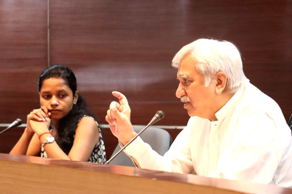 Chief Election Commissioner Sunil Arora addresses the students of National University of Law on ???Independence of Institutions: Theoretical Perspective and Realities???, in Kolkata on Aug ...